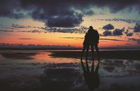 我们离爱情的距离